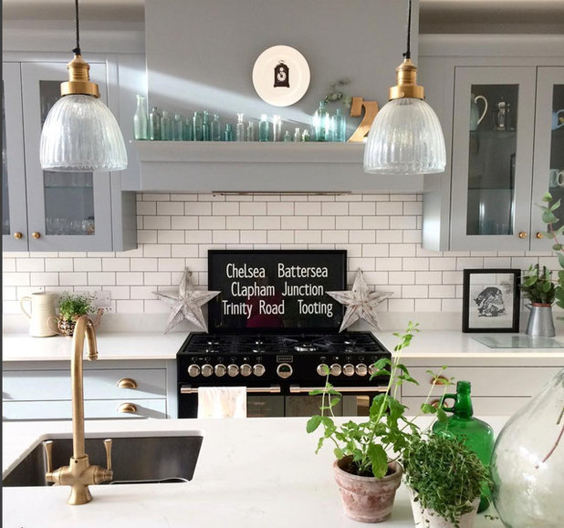 Contemporary Kitchen by Fallowgrey