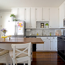 Transitional Kitchen by Hoi Ning Wong
