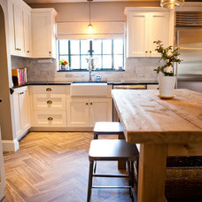 Traditional Kitchen by Tess Fine