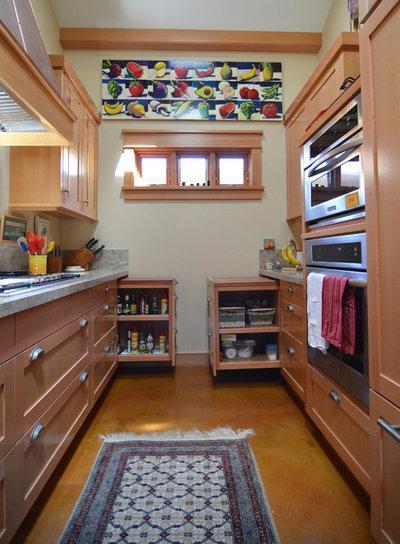Arts & Crafts Kitchen by Sarah Greenman