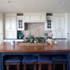 traditional kitchen by Dana Nichols