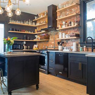 Eclectic kitchen pictures - Kitchen - eclectic kitchen idea in Cincinnati