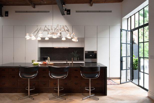 Современный Кухня by Adrienne DeRosa