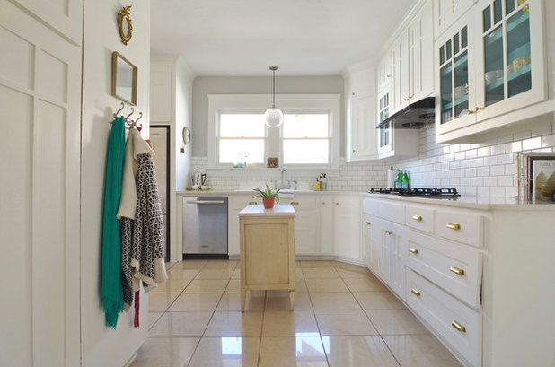 Shabby-chic Style Kitchen by Sarah Greenman