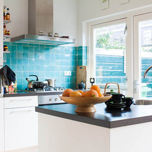 Eclectic kitchen pictures - Inspiration for an eclectic kitchen remodel in Amsterdam