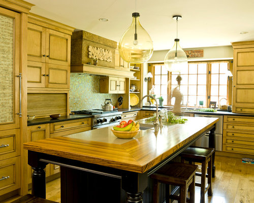 Example Of A Classic Kitchen Design In Chicago With Mosaic Tile Backsplash