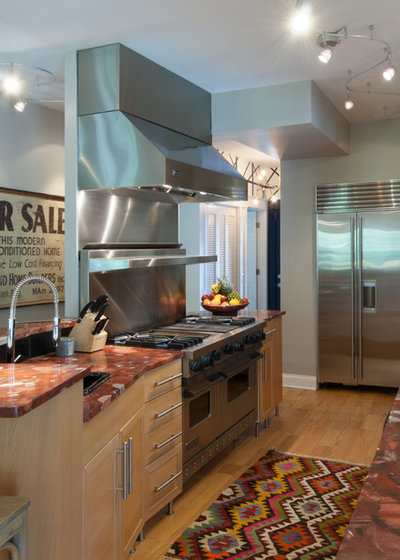 A Kitchen With Vintage Character: My Houzz: A Home Filled With Vintage Finds And Character