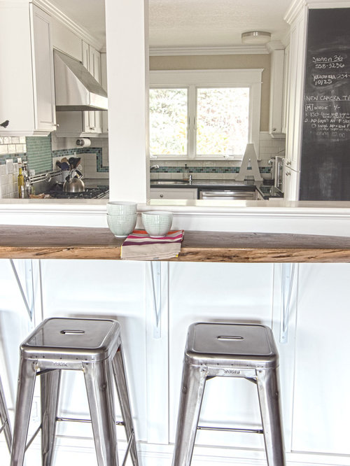 Kitchen Counter Top Styles With Breakfast Bar