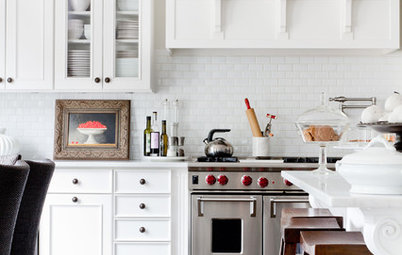 12 Essential Ingredients for a Classic Hamptons-Style Kitchen