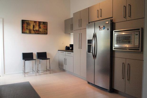 Cute Contemporary Kitchen by Kayla Stark