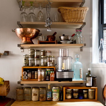 My Houzz: Living, Working and Storytelling in 300 Square Feet