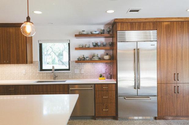 Midcentury Kitchen by Heather Banks