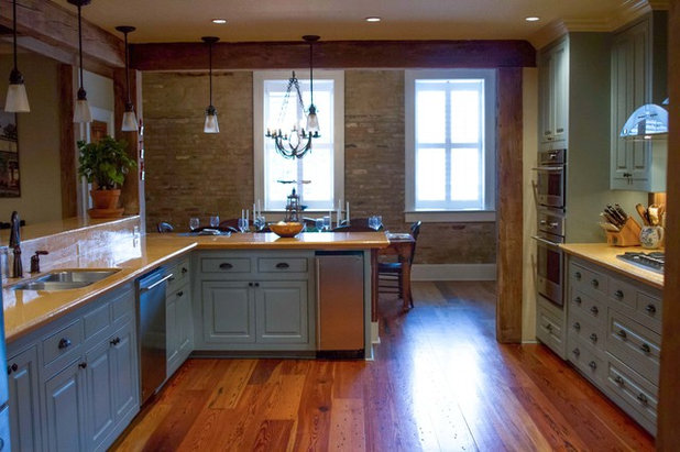 Traditional Kitchen by Anna Addison Photography