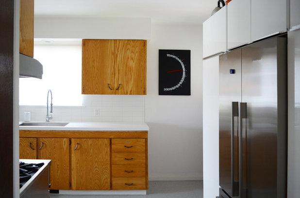 Midcentury Kitchen by Jane Vorbrodt