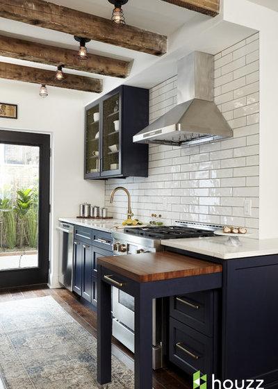 Classique Chic Cuisine by Ferrarini & Co. Kitchens & Interiors