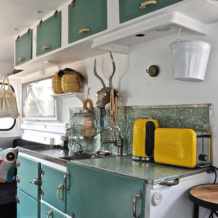 Inspiration for a bohemian kitchen in Adelaide.