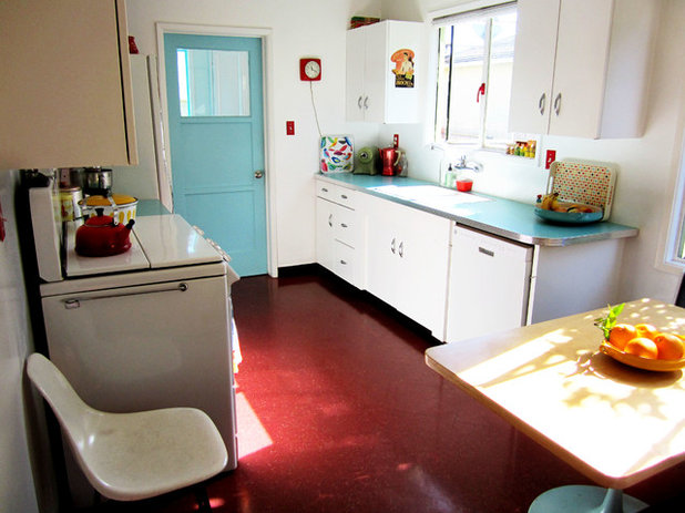 Eclectic Kitchen My Houzz: Thrifty Flourishes Give a '50s Home Retro Appeal
