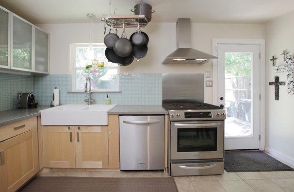Transitional Kitchen by Lindsay von Hagel
