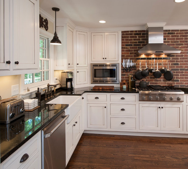 Farmhouse Kitchen by Oneida Builders Inc