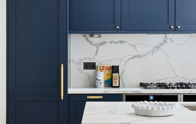 How to Choose a Splashback For a Dark Blue Kitchen