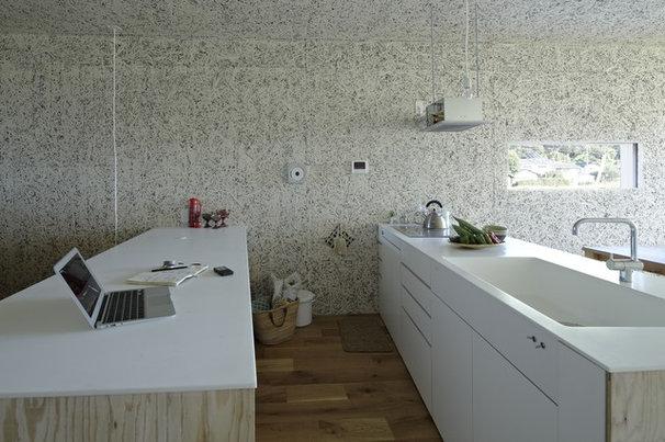 Modern Kitchen by no.555