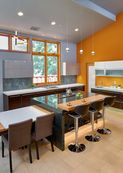 Contemporary Kitchen by Via Builders, Inc.