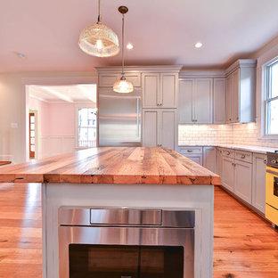 ワシントンD.C.のカントリー風おしゃれなキッチンの写真