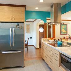 Craftsman Kitchen by Celeste Lewis Architecture