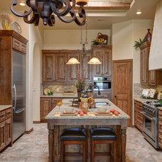 Mediterranean Kitchen by Luxe Homes & Interiors