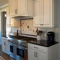 Traditional Kitchen by SR Design Group, Inc.