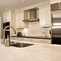 Contemporary Kitchen Cabinetry: Find Kitchen Cabinets Online