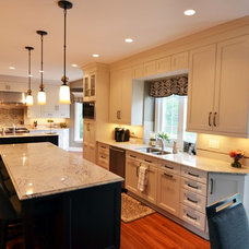 contemporary kitchen by The Kitchen Master