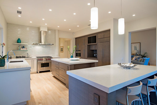 Contemporary Kitchen by 41 West