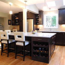 Contemporary Kitchen by OakWood Renovation Experts