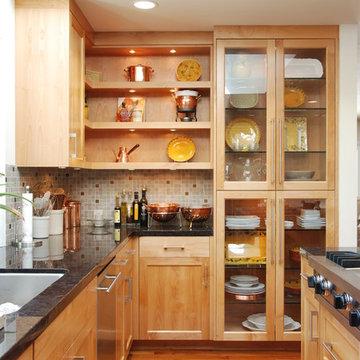Natural alderwood kitchen