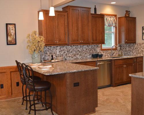 Natural Light Shines On a West Des Moines Kitchen Remodel