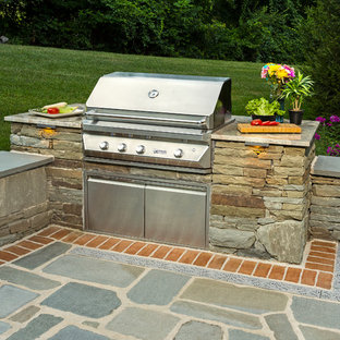 Natural Stone Dry-Stack Outdoor Grill Station