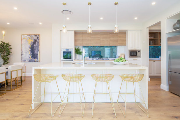 Contemporary Kitchen by MOJO Homes