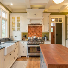 Traditional Kitchen by Eastbandk Interiors