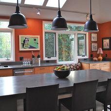 Contemporary Kitchen by LCDA Architecture
