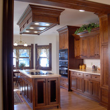 Traditional Kitchen by Lloyd Vosters & Son Home Builders