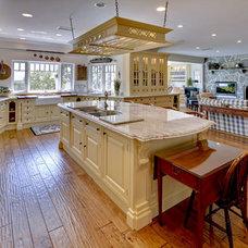 Traditional Kitchen by robert loftus construction inc