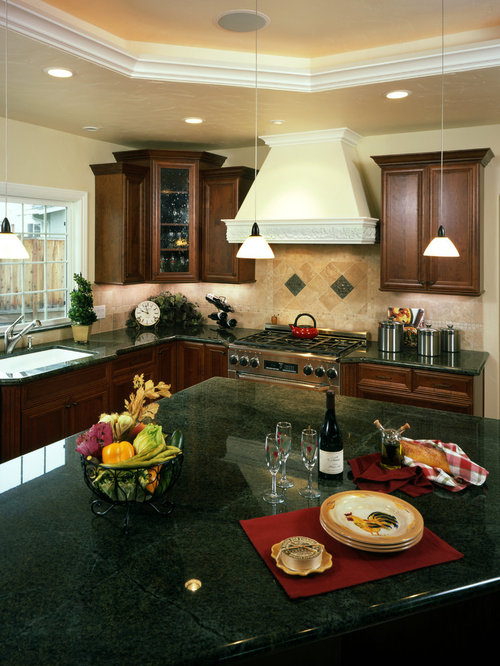 Marvelous Inspiration For A Mid Sized Timeless L Shaped Light Wood Floor Open Concept  Kitchen