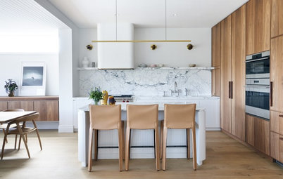 Room of the Week: Beach House Kitchen With a Laid-Back Luxe Vibe