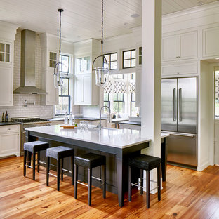 75 Most Popular Farmhouse Kitchen With Solid Surface Countertops