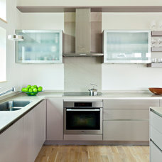 Modern Kitchen by A3 Architects, INC