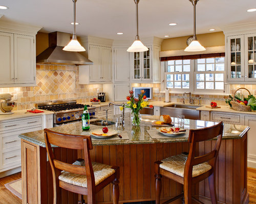 An Oddly Shaped Kitchen Island: Pie Shaped Island Home Design Ideas, Pictures, Remodel And