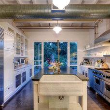 Contemporary Kitchen by JUAN FELIPE GOLDSTEIN DESIGN CO