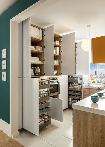 Modern Küche by Schmidt Kitchens Palmers Green