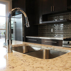 Contemporary Kitchen by Jocelyn, The Kitchen Centre Ltd.